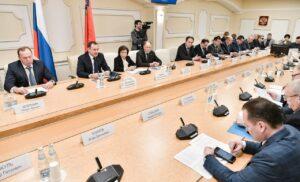 Общественные слушания проекта Закона РФ о поправке Конституции РФ.